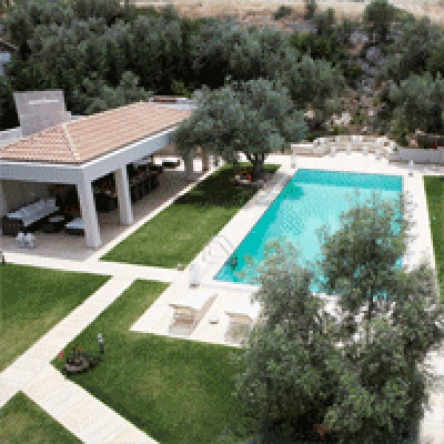 Evia: 3 furnished luxurious villas with swimming pool